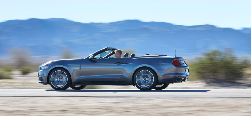ford-mustang-convertible-2014