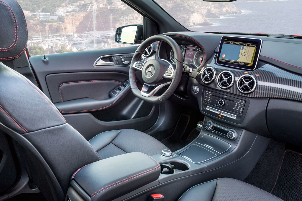 Mercedes benz clase b 2015 motorspot for Interior mercedes clase a